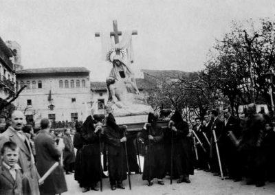 19XX / Viernes Santo - Procesión del Santo Entierro y Lignum Crucis