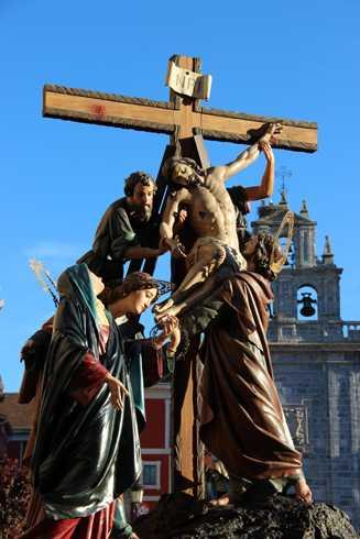 Ostiral Santua – Hileta Santua eta Lignum Crucis