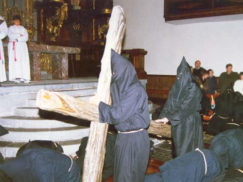 Viernes Santo - La Cruz