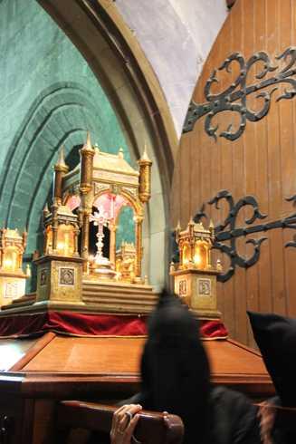 Ostiral Santua – Kalbarioa eta Gurutze-Bidea